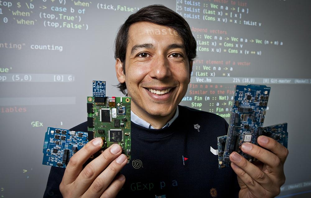: Alejandro Russo, biträdande professor vid Institutionen för data- och informationsteknik vid Chalmers tekniska högskola. Foto: Patrik Bergenstav