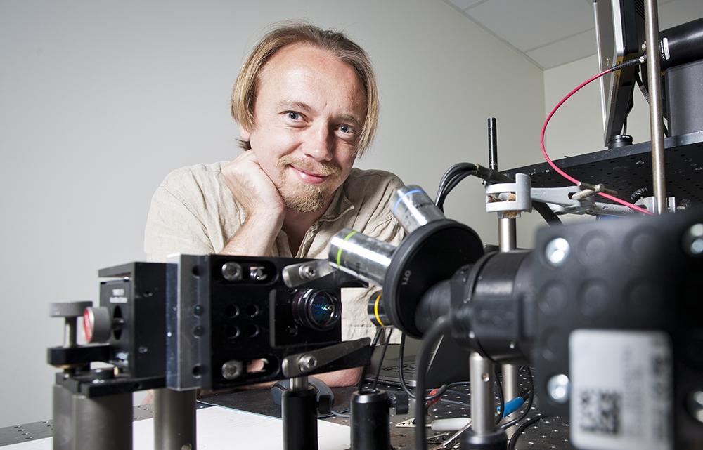 Andreas Dahlin, docent på Chalmers. Foto: Patrik Bergenstav