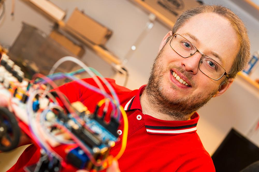André Teixeira, biträdande universitetslektor vid Institutionen för elektroteknik, Uppsala universitet. Foto: Dan Pettersson / DP-Bild