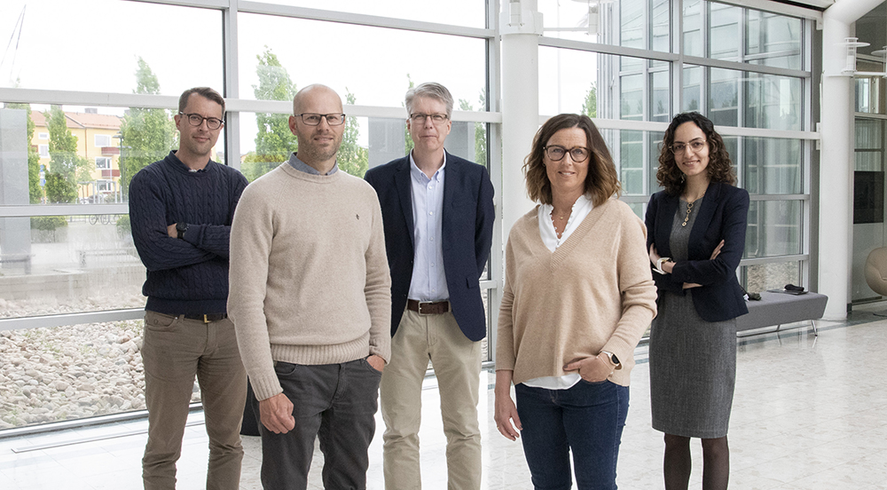 Markus Lingman (Region Halland), Jens Nygren, Mattias Ohlsson, Petra Svedberg och Kobra (Farzaneh) Etminani (Högskolan i Halmstad) är några av de drivande krafterna i forskningen kring implementering och utveckling av informationsdriven vård vid Högskolan i Halmstad och Region Halland.