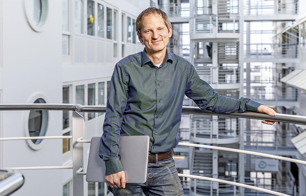 Per-Erik Hellström, docent i elektronik på KTH. Foto: Gonzalo Irigoyen