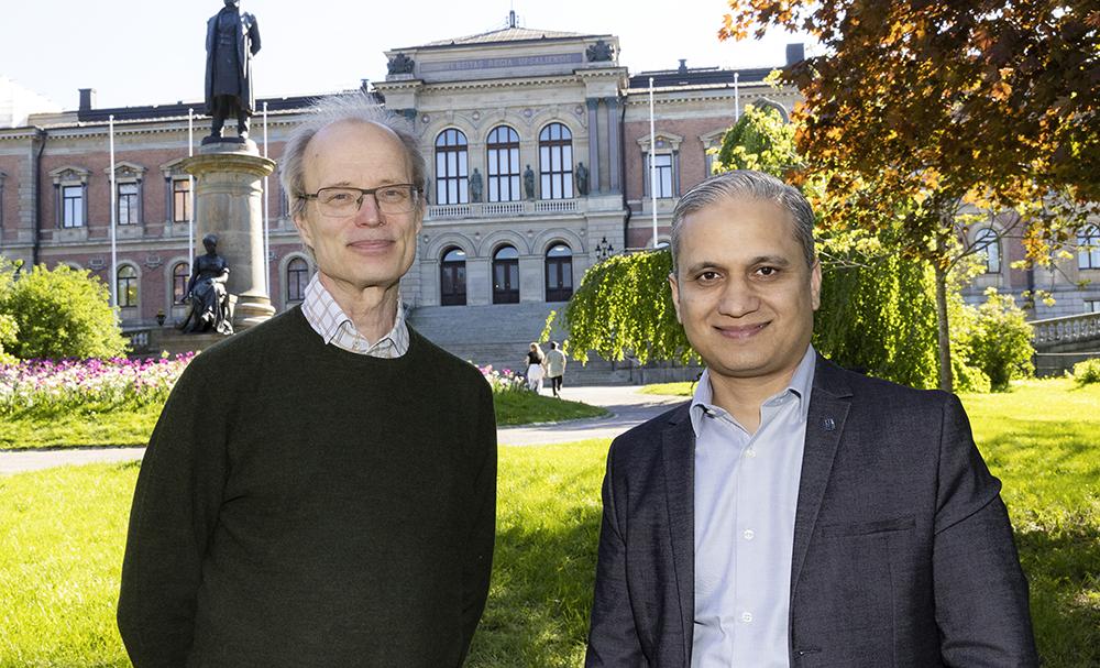 Bengt Jonsson, professor i datorteknik vid Uppsala universitet och Shahid Raza, enhetschef på RISE. Foto: Mikael Wallerstedt